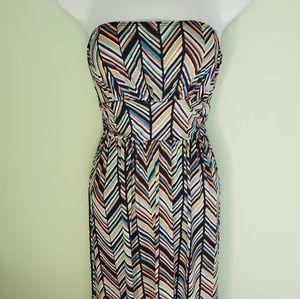 LOILA Maxi Dress Strapless Chevron Print